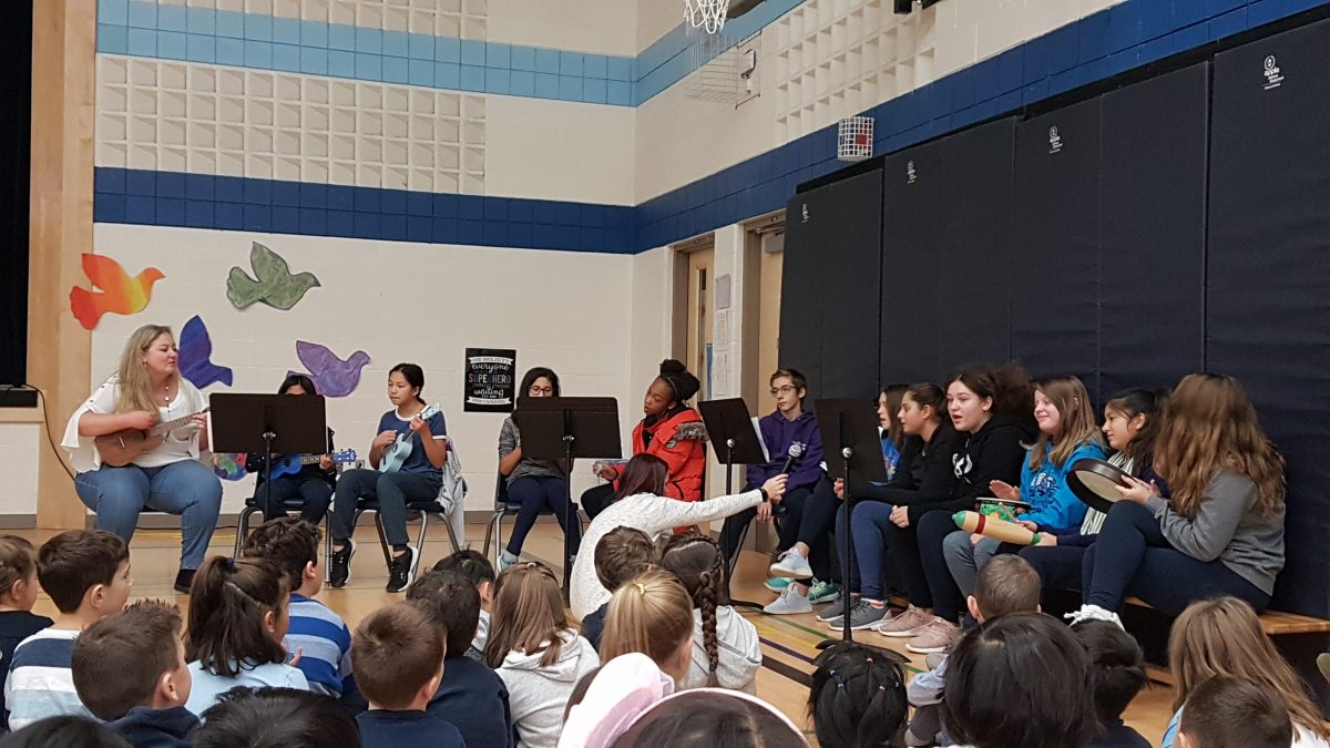 FI Gr. 7s Kindness Song-Be A Guiding Light Week